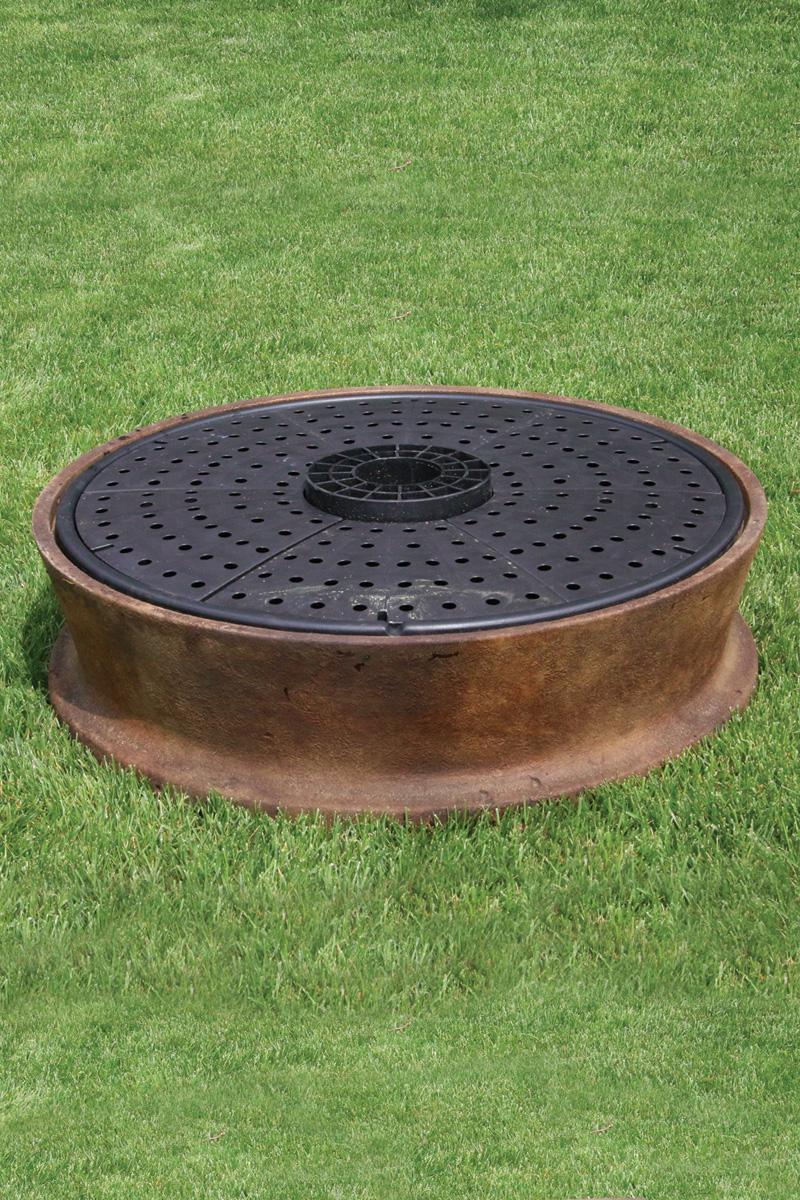 38 One Piece Pool Surround With 36 Fountain Reservoir Massarelli 39 S